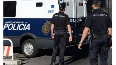 Photo of إسبانيا: اعتقال مغربي أشاد بالهجوم على  مقر مجلة شارلي إيبدو