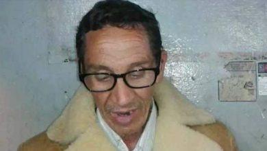 Photo of مواطن بزاوية الشيخ يطالب السلطات بمنع شرطي فرنسي من مغادرة التراب الوطني