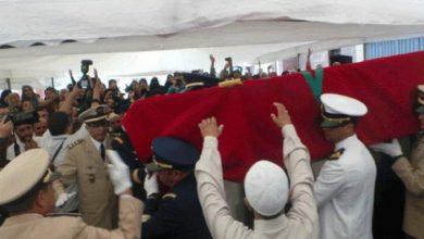 Photo of الملازم الطيار الشهيد ياسين بحتي يوارى الثرى بمقبرة الشهداء