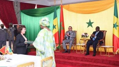 Photo of الملك محمد السادس والرئيس السينغالي يترأسان حفل توقيع على 13 اتفاقية ثنائية