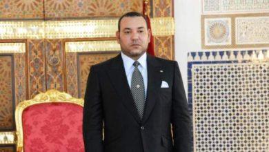 Photo of تفاصيل الحوار الذي دار بين الملك و الشيخ الذي صادفه يحمل أثقالا